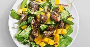 салат манго и куриной печенью