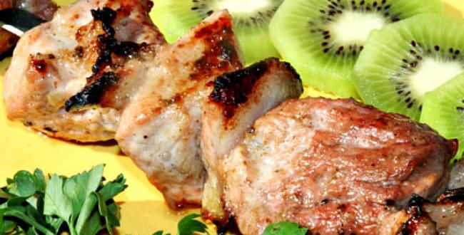 мясо маринованное с киви