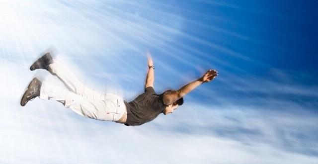 Полет над облаками - это как чудо наяву.