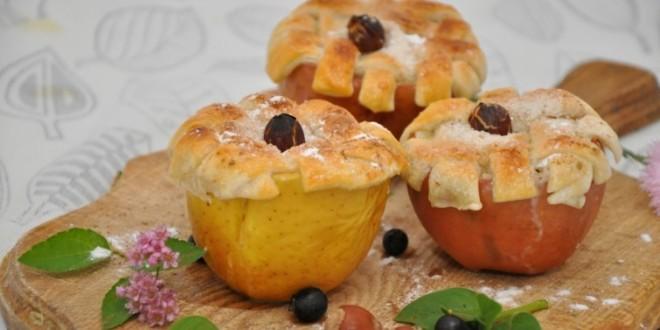 печёные яблоки с начинкой